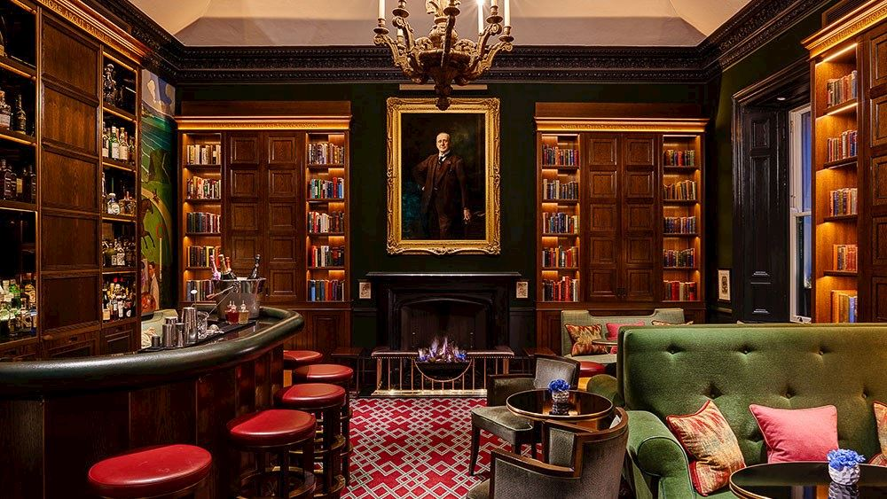 MFI- The Shelbourne, Autograph Collection bar and library with at one of the top luxury hotels in dublin jpg