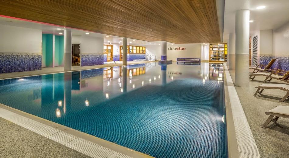 Clayton-Hotel-Cardiff-Lane-pool and spa area