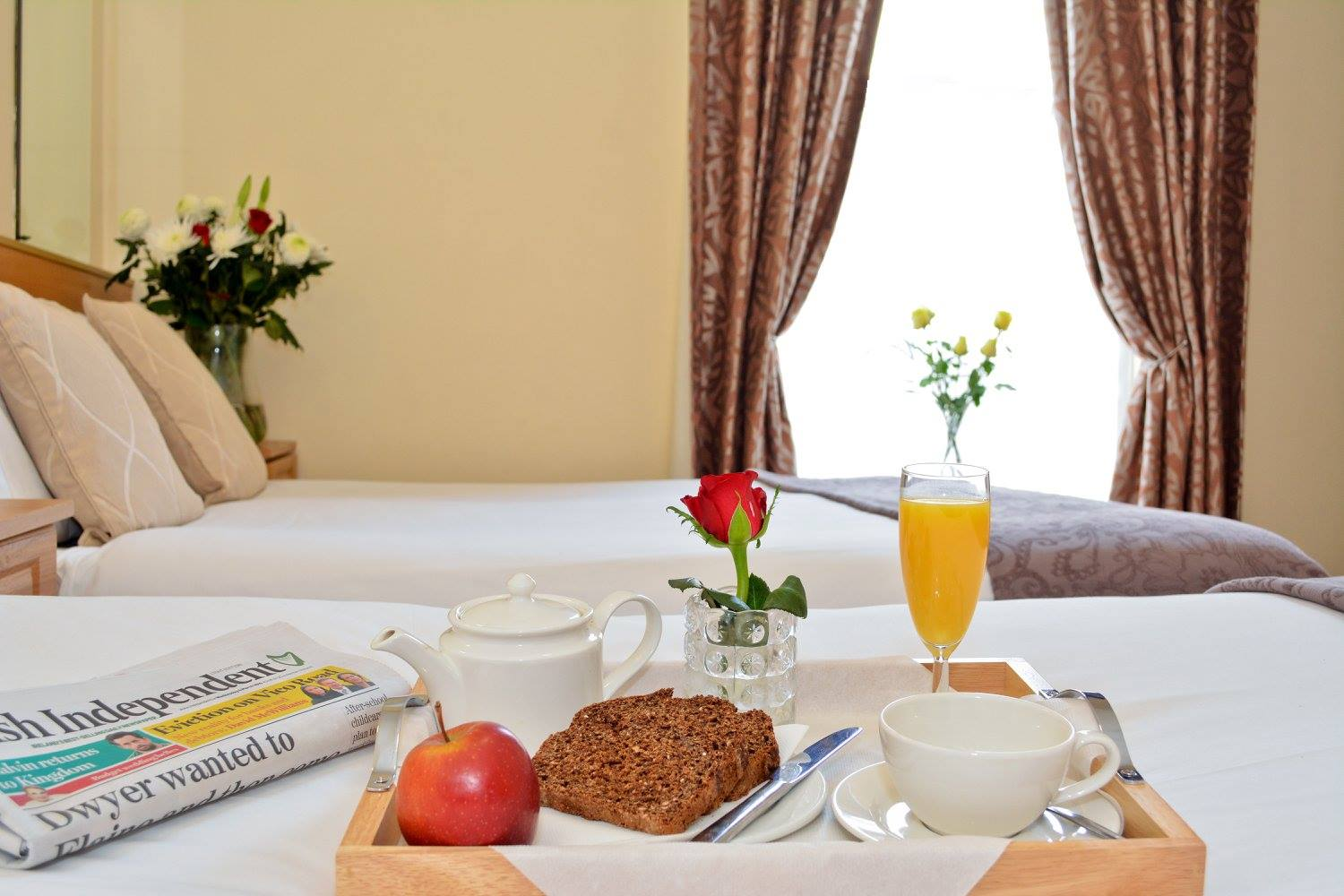 Celtic Lodge hotels in Dublin with breakfast on bed